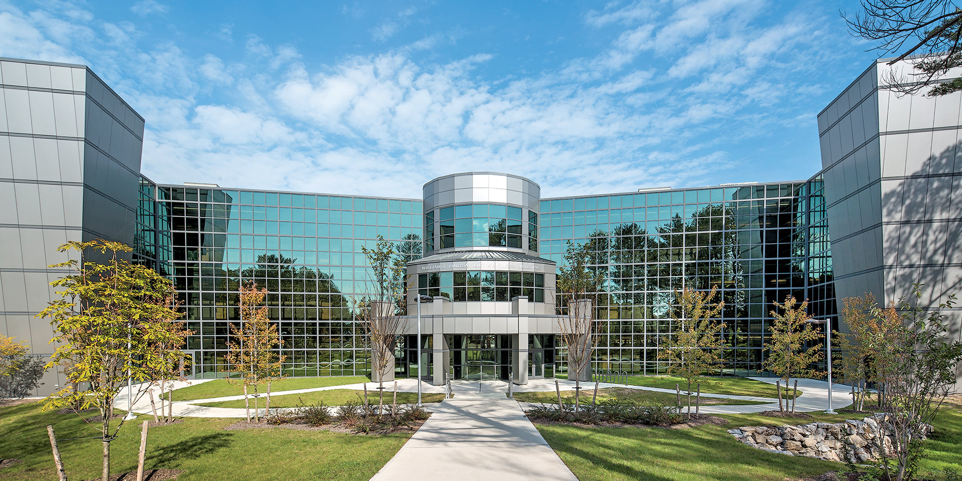 Suffolk Community College | Solarcool® Solexia® Glass & Solarban 70XL® Clear Glass